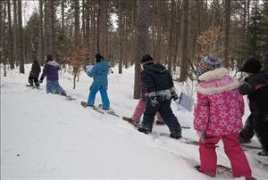 Snowshoeing_at_Tiffin_Centre